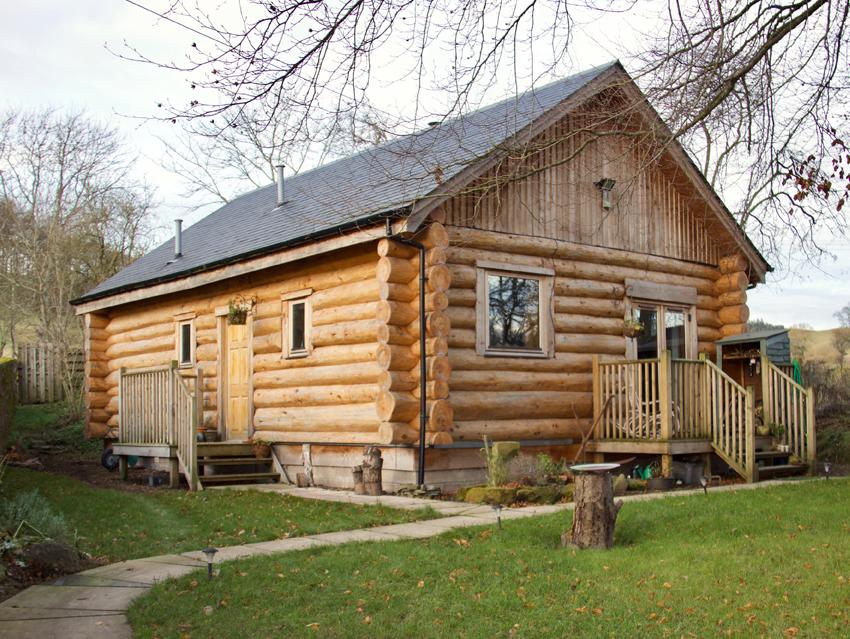 Caledonia Log Homes - Hand crafted log homes and log cabins