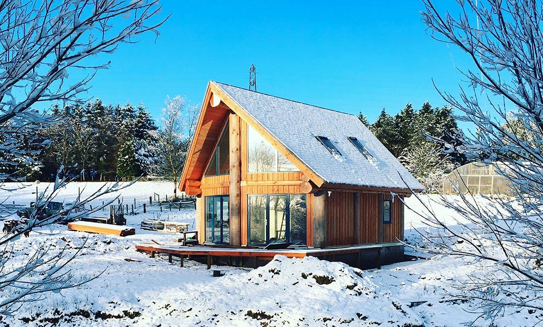 Fiddlehill log home exterior 7
