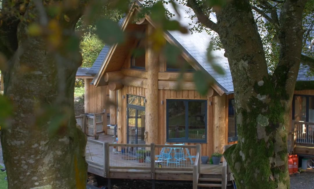Woodburn dipper log home scotland - exterior